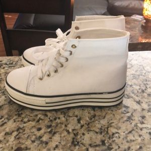 BDG shoes